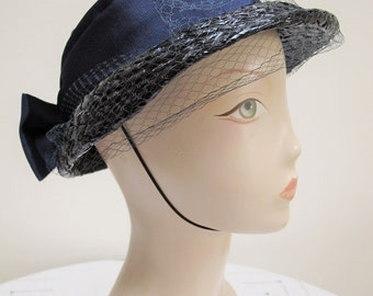 Vintage 1960's Ladies Navy Blue Woven Straw Hat with Net Veil