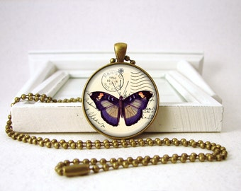 vintage butterfly necklace picture pendant