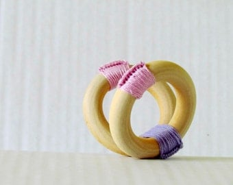 Wooden teether rings - Lilac