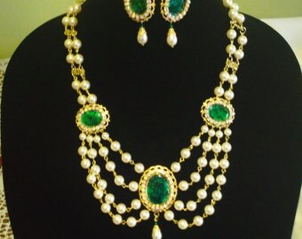 Victorian/Renaissance Necklace and earring set - cream and green
