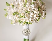 SALE White Freesias Wedding bouquet Bridal bouquet Eco wedding Elven bouquet White wedding Woodland wedding Toss bouquet White flowers