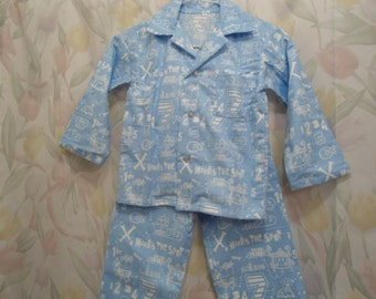 Boys Size 7 Pajama X marks the spot in white on blue back ground