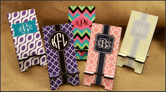 Cell Phone Stand Monogrammed Gift Personalized Mobile Co-Worker Boss Gift Desk Accessories Charger Stand Gifts for Boss Desk Decor