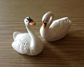 Swans Salt & Pepper Shakers from the 1970s; Vintage Kitchen Collectible