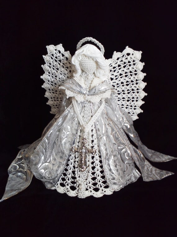 Crocheted Angel Holiday angel Angels Crafts by AngelsandTreasures