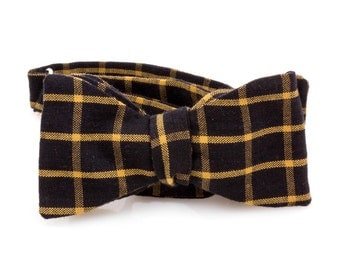 "The ""South fall"" Self Tie Bow Tie"