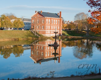 reflections, newburyport, mall, courthouse, frog pond, fall photography, buildings