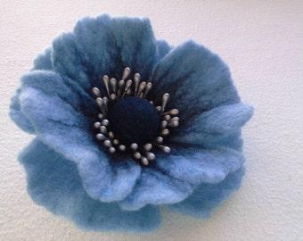 Blue Felt Brooch, Poppy Flower, Wool Accessories, Handmade Blue Flower, Gift for Her, Hair Accessories, Felt Pins