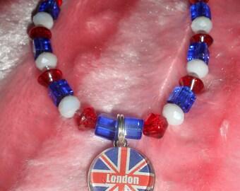 London Pendant Necklace