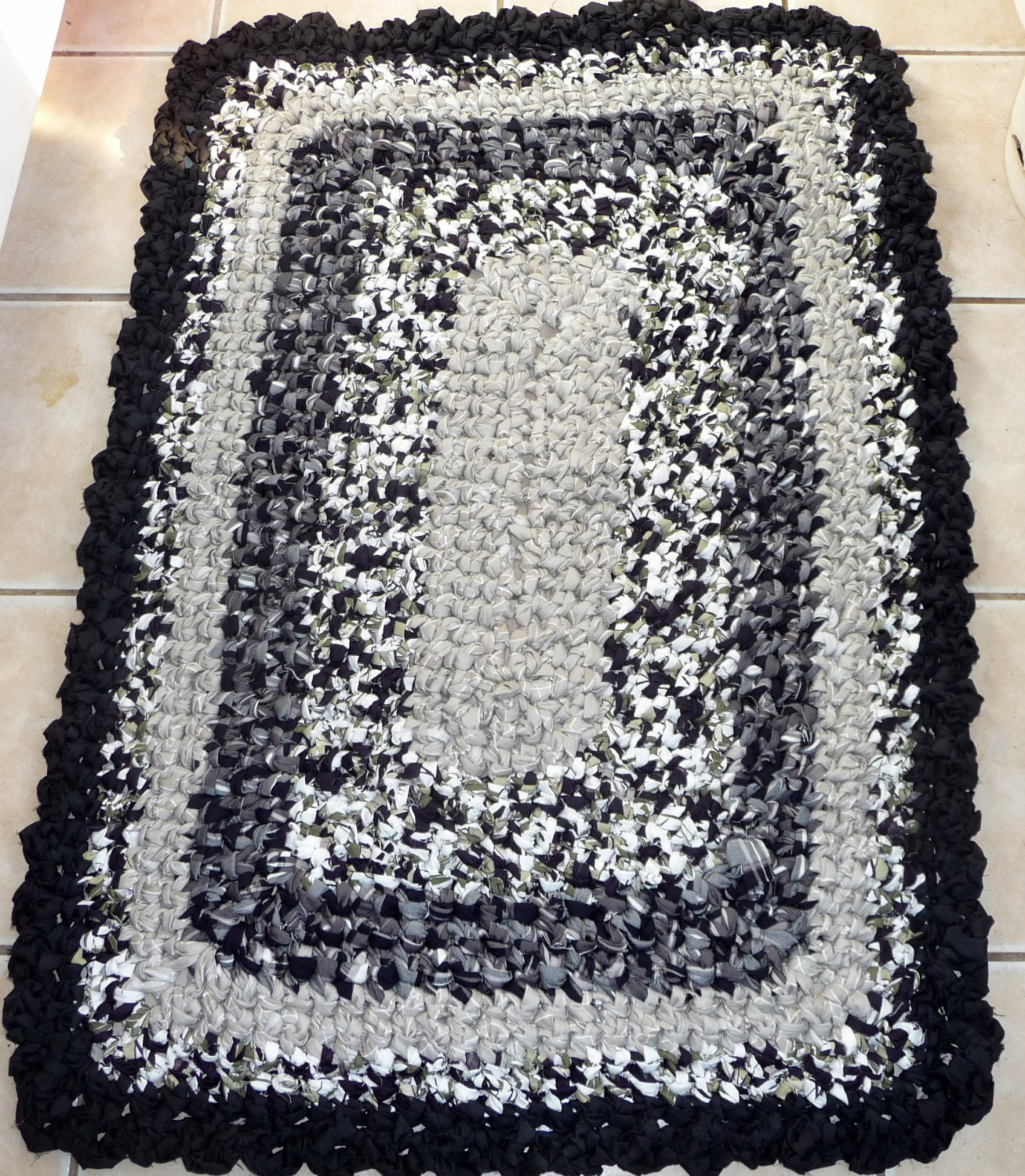 Rag Rug 30 X 43 Rectangle Cotton Handmade Black White