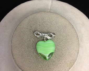 Vintage Bow & Green Glass Dangling Heart Pin