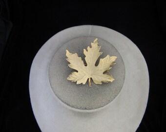 Vintage Goldtone Leaf Pin
