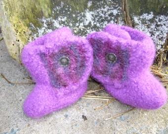 Felt boots in violet for little girls