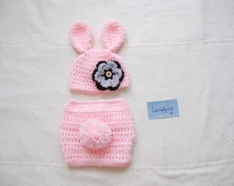 Bunny baby set / bunny diaper cover shoes and beanie set / diaper cover / baby shower gift / baby gift