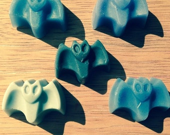 Halloween favor Bat soaps 10)