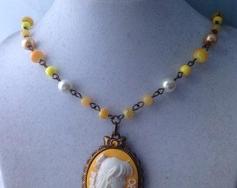 Sailor Venus // Elegant Cameo // Beaded Necklace