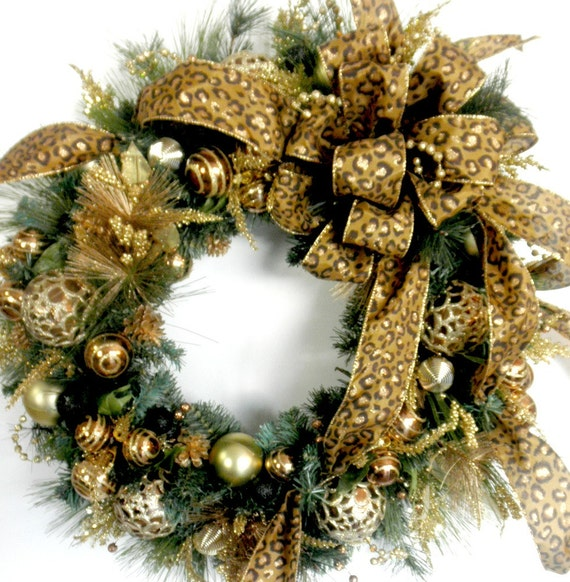Bronze and gold christmas wreath with leopard print bow