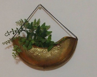 Brass Wall Hanging with chain