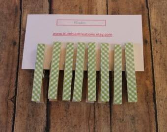 wooden clothespins, set of 8 - Green Gingham print on wooden pegs