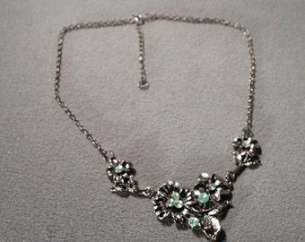 Vintage Art Deco Style Silver Tone Rhinestones Floral Design Bib Style Adjustable Necklace Jewelry      K