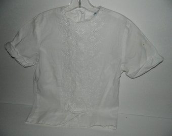 Vintage 1960s White Cotton Little Girls Eyelet Embroidered Short Sleeve Ben Rose Shirt Size 14