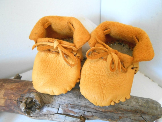 Handmade baby moccasins booties leather shoes native american