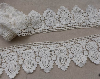 "Rose Floral Off White Cotton Scallop Vintage Lace Trim 3.54"" wide"