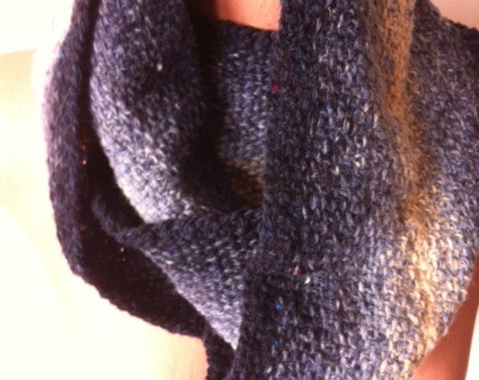 Spinning Yarns Weaving Tales -  Linen Stitch Cowl Knitting Kit - 'Double Denim'