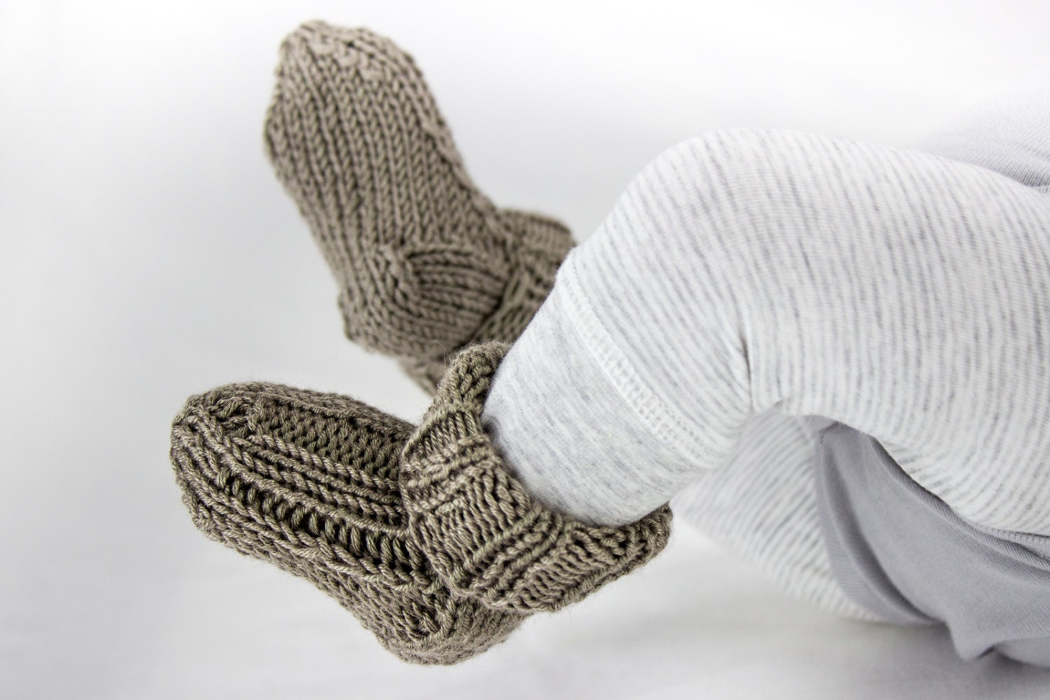Knitting pattern baby socks toddler socks pattern quick baby this is a digital file bankloansurffo Image collections