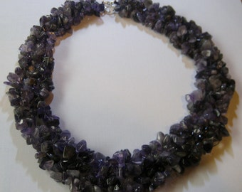 Amethyst Chip Cluster Necklace, Amethyst Gemstone Cluster Chip Necklace, Purple Agate Necklace, Purple Cluster Necklace, Amethyst Necklace