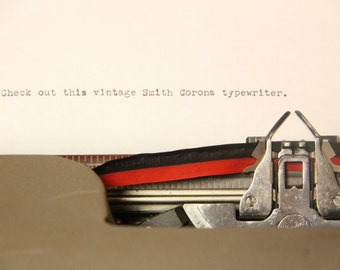 Vintage Smith Corona Typewriter Retro Classic Typewriter *WORKING ORDER*