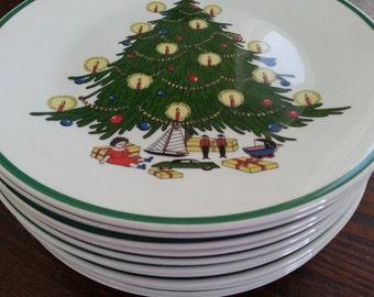 """Vintage Pontesa Spain Christmas Tree Serving Plates Set of 12 - 8.5"""""""