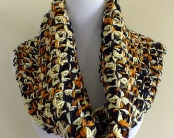 crochet cowl/neck warmer/scarf
