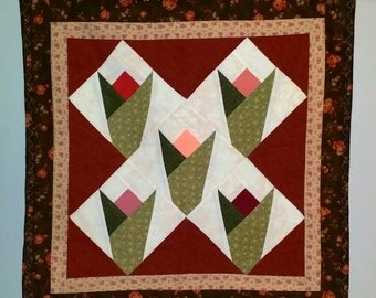 Through The Tulips - Shabby Chic Wall Hanging - Quilt