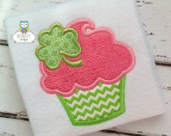 Cupcake with Shamrock St Patricks Day Shirt or Bodysuit, Girl Shamrock Shirt, Girl St Patricks Day Shirt, Shamrock Outfit, Shamrock Clothing