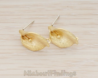 ERG292-MG // Matte Gold Plated Calla Flower Earpost, 2Pc