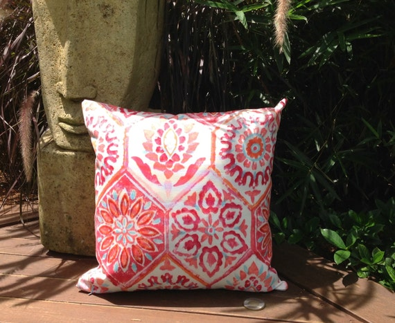 Moroccan Outdoor Cushions Berry Moroccan Tile Indoor/Outdoor Cushion ...