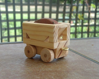 Ore hopper car for a wooden train toy
