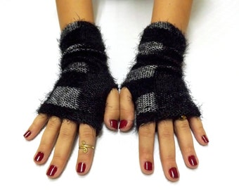 Black and gray knit fingerless gloves. Thick knit gloves. Plaid arm warmers.