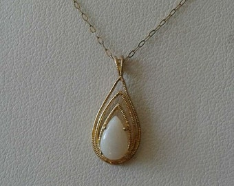 Tear Drop Opal Pendant 14K Solid