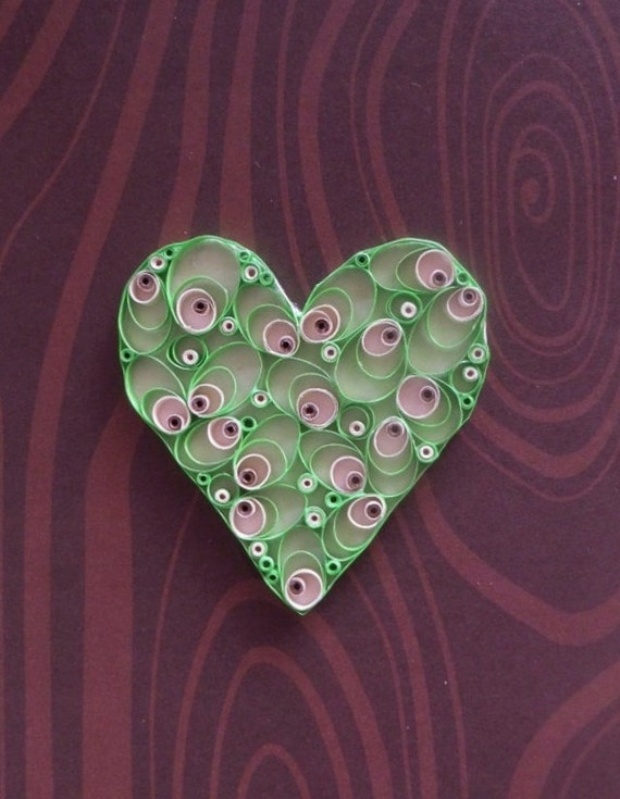 Quilled paper green heart for home decor by thepaperycraftery for Quilling home decor