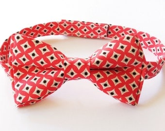Boys Bow Tie - Red Diamonds