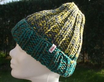 Hat knitted new wool green yellow grey