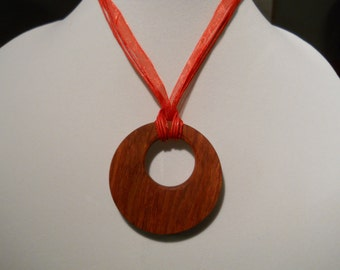 Carrie - A Bloodwood statement necklace (limited edition)