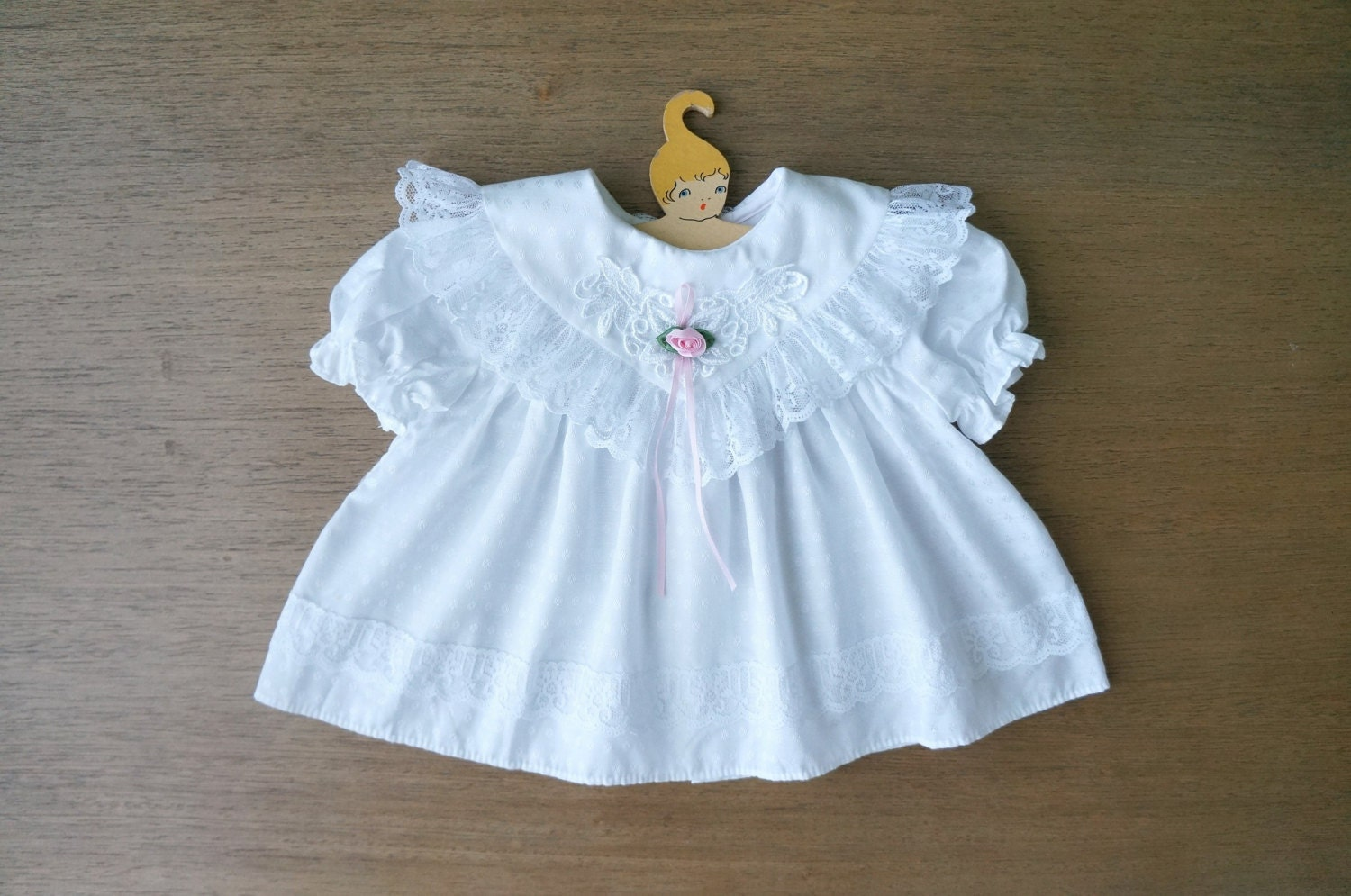 Vintage Baby Clothes Baby Girl White Dolly Lace Ruffle Collar
