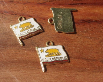Vintage California Flag Charm QTY 1