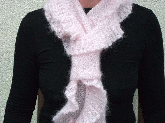 Knitted Scarf Pattern A lightweight easy to wear and make