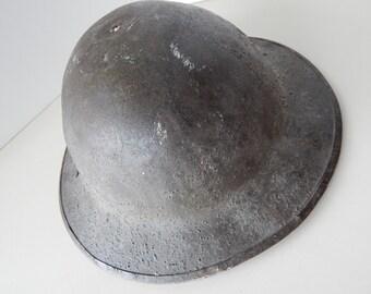 """WWI British Army """"Brodies"""" Steel Trench Head Gear """"Tin Hat"""" Doughboy Helmet - MK1 - Marked ES 152 - Split Rivet Chin Strap Fastener"""