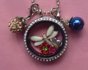 Floating Charm Locket ~ Complete with Charms (Dangles sold separately)