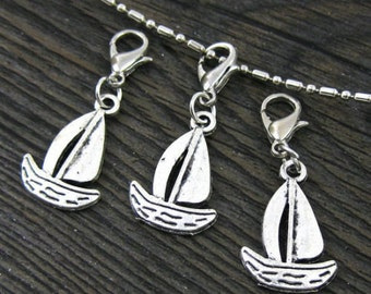 1 pc. Sailboat Dangle for Bracelets, Floating Charm Pendants, Necklaces & Keychains  D031